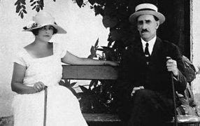 Александр Грин с женой Ниной. Старый Крым. 1926 год. / rg.ru