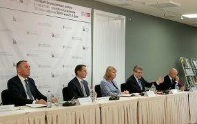 Слева направо: Денис Молчанов, Сергей Нарышкин, Алла Манилова, Дмитрий Бак, Олег Новиков
