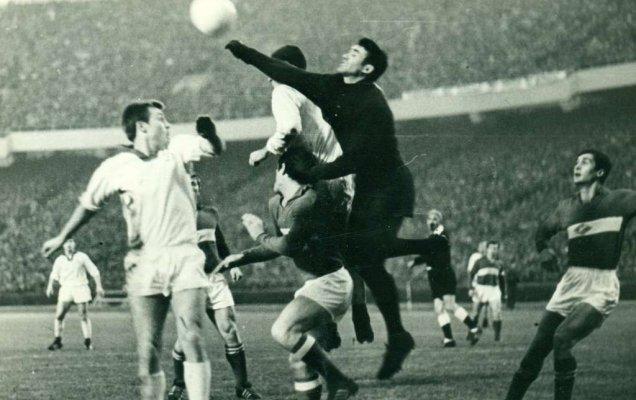 Поэты верят в то, что звезда отечественного футбола еще взойдет. О футболе — в стихах / football-pitch.ru