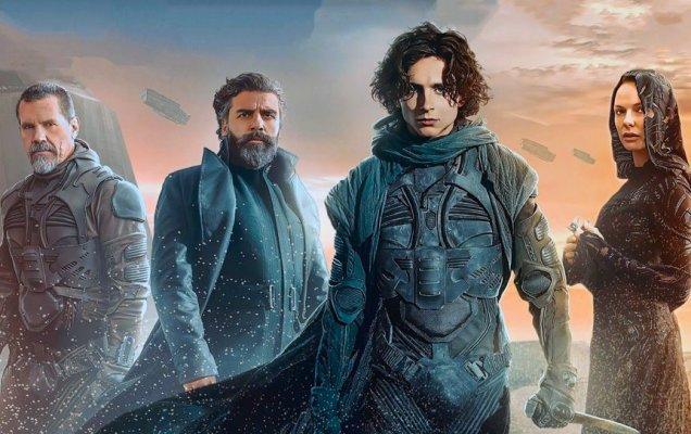 «Дюна» (англ. Dune), в титрах названа как «Дюна: Часть первая»— американский фантастический фильм режиссёра Дени Вильнёва, 2021 / kinopoisk.ru