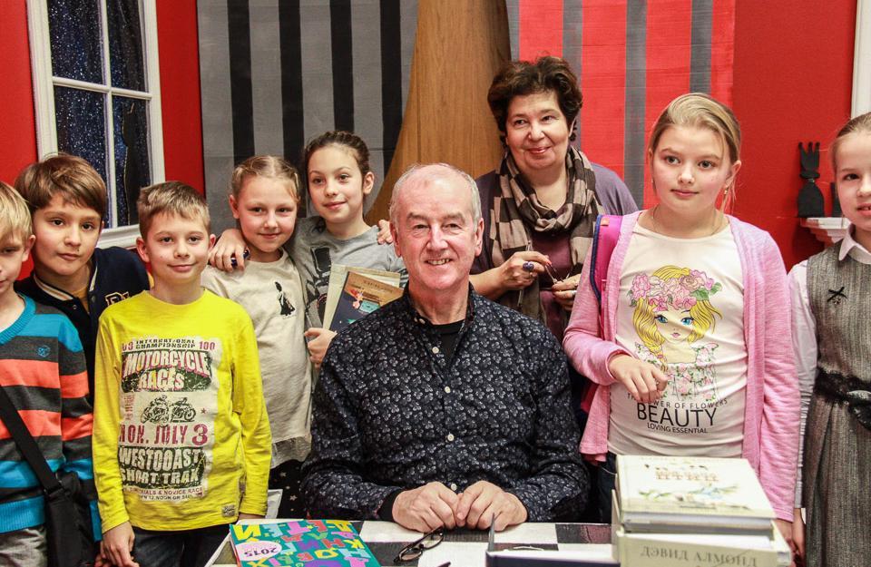 Дэвид Алмонд и дети