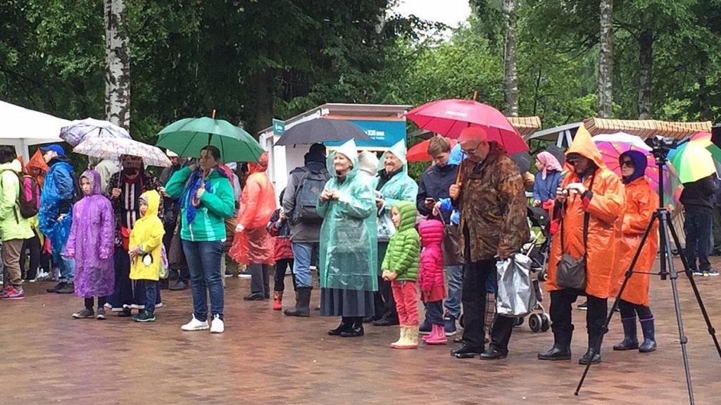"""8 июля, в День семьи, любви и верности, в подмосковной усадьбе Захарово прошёл ежегодный фестиваль """"Традиция"""""""