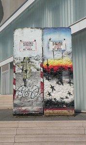 Ровно 30 лет назад, 9 ноября, была разрушена Берлинская стена. Но заметила ли это немецкая литература и сама Германия?