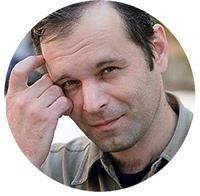 Роман-Сенчин о возвращеии памятника Горькому