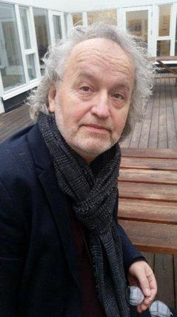 Евгений Клюев, переводчик, филолог, один из известнейших исследователей английского абсурда