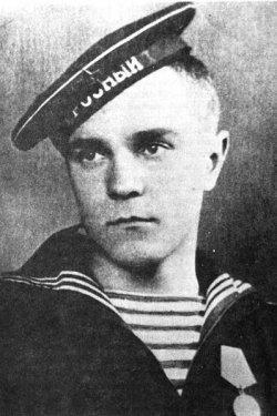 Валентин Пикуль в юности