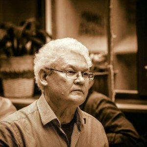 10 дней назад не стало одного из ключевых переводчиков поэзии Евгения Витковского — об ушедшем мастере рассказывает его ученик Алёша Прокопьев