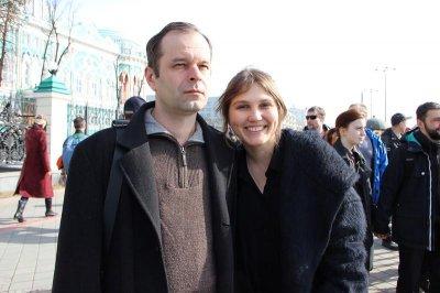 роман сенчин и ярослава пулинович