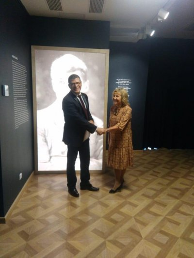К 125-летию Сергея Есенина в Гослитмузее открылась посвященная ему выставка, куратором которой стала Лариса Константиновна Алексеева