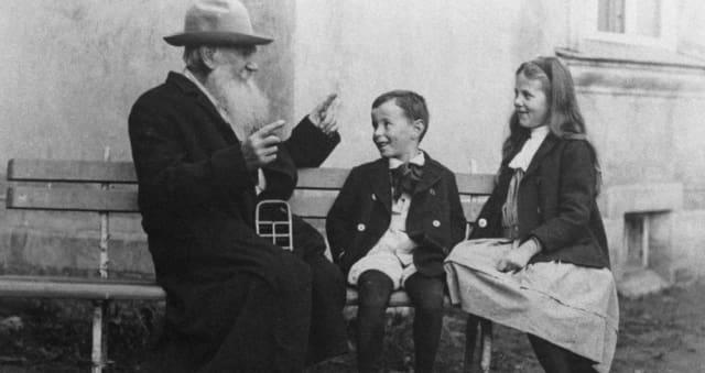 Павел Басинский о неожиданных фотографиях Льва Толстого6