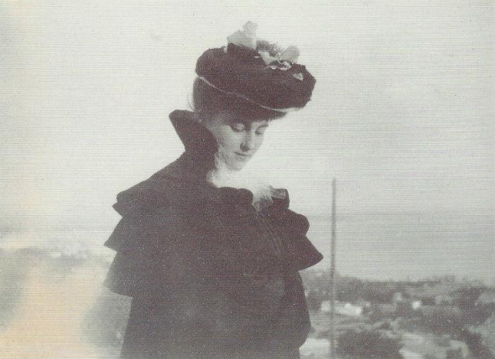 Картинные-девушки-Анны-Матвеевой2