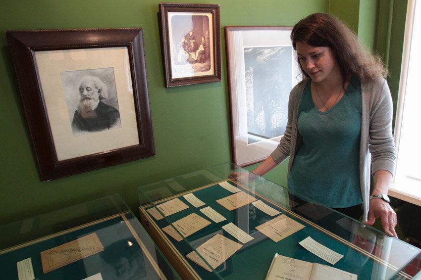 Среди раритетов выставки - одно из первых изданий капитального труда Розанова