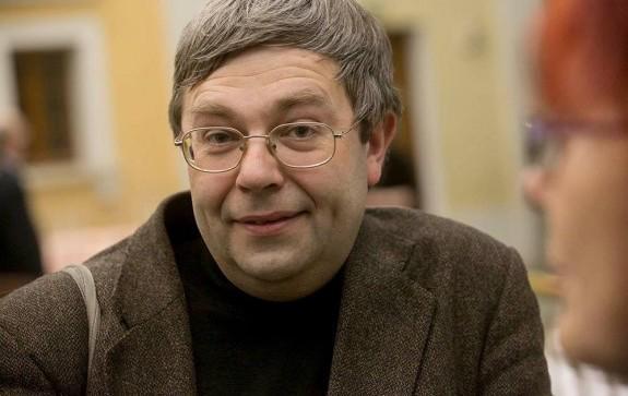Максим Амелин победитель премии Поэт