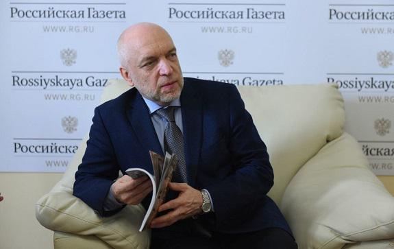 На этот и другие вопросы отвечает генеральный директор Российской национальной библиотеки Александр Вершинин