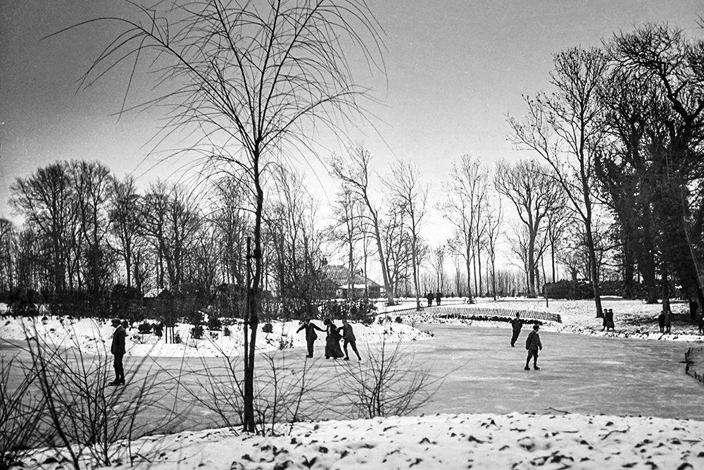 Какие зимние развлечения любили русские писатели / Фото: Universal Images Group via Getty Images