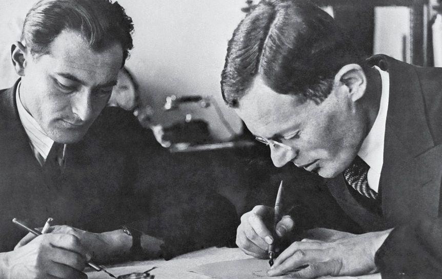 Илья Ильф и Евгений Петров, 1932 г. Фото Елиазара Лангмана / ru.wikipedia.org