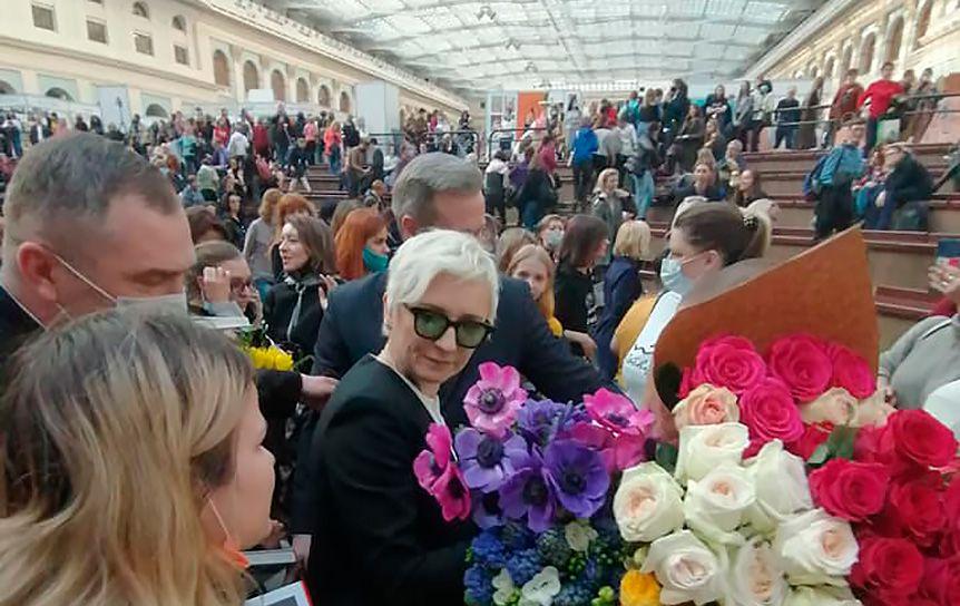 Диана Арбенина представила свою книгу  прозы «Снежный Барс» на non/fictio№22 / Андрей Васянин