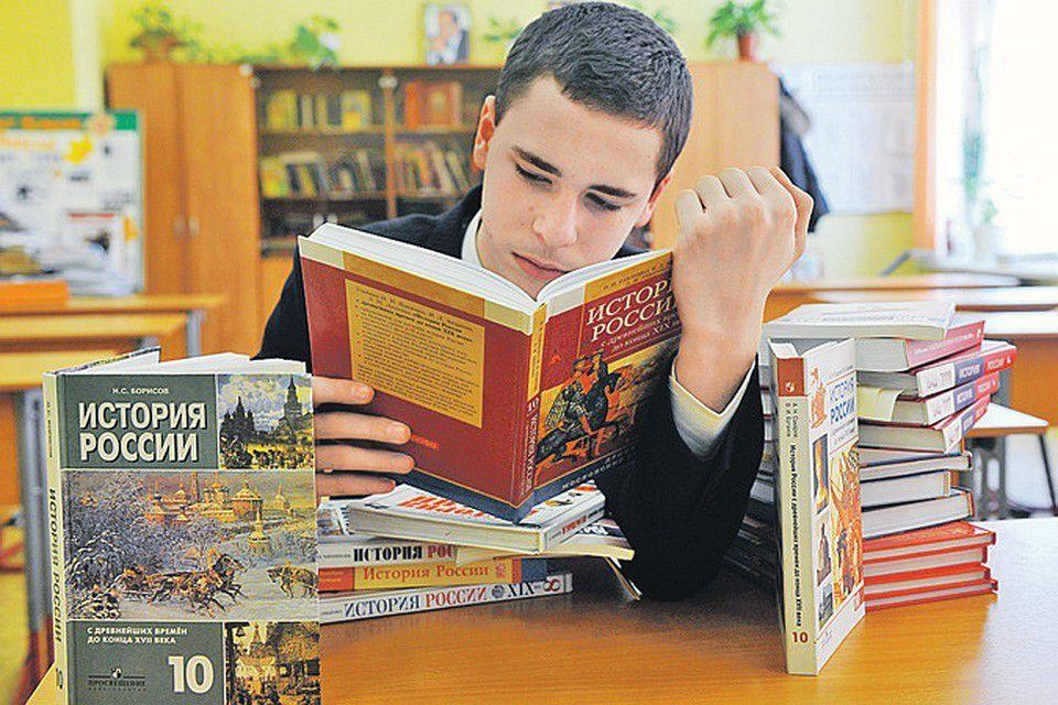 Если ситуация не изменится, то к 2025 году цены на книги удвоятся, предупреждают в Российском книжном союзе / pobedarf.ru