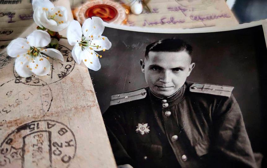 Поэт Евгений Разиков погиб при освобождении Польши в 1944 году. Фото Анны Глушенковой  / Из личного архива